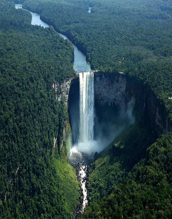 kaieteur-falls-of-guyana