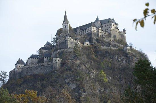 castello-di-hochosterwitz
