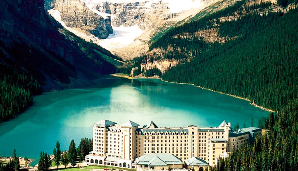 fairmont-chateau-lake-louise-alberta-610x350